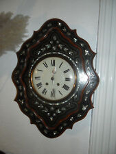 horloge oeil de boeuf décor de nacre ,pendule,mécanisme,mouvement,balancier