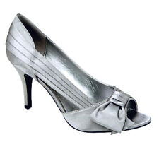 "EUC Maripe ""Jezebel"" Silver Pleated Fabric Heels w/ Bow-Bridal / Formal - Sz 8M"