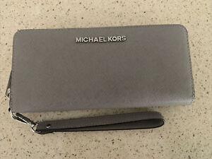 Michael Kors Jetset Travel Wallet/Wristlet Grey NWT