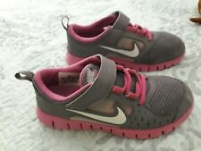 New listing Girl's Nike Free Run 3 Pvs Running Shoes W/ Touch Fasteners Youth Size 3