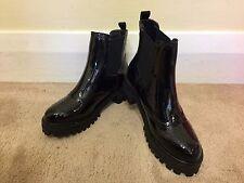 Glossy Upper Round Toe Low Heel Back Tab Woman Black Shoe EU36 US6 UK3.5
