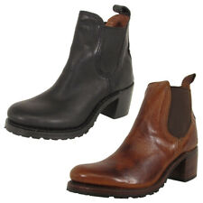 Frye женские Сабрина Челси ботинки туфли