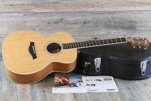 Near MINT! Taylor GA4 2011 Natural Grand Auditorium + OHSC and papers