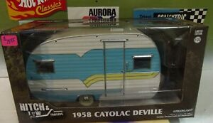 GREENLIGHT 1:24 HITCH & TOW 1958 CATOLAC DEVILLE CAMPER & AWNING #18450