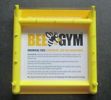 Bee Gym - chemical free varroa control