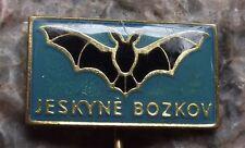 Jeskyne Bozkov Dolomite Czech Cave Complex System Flying Black Bat Pin Badge