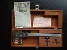 STARRETT NO. 454 VERNIER HEIGHT GAUGE GAGE WITH ORIGINAL WOODEN CASE