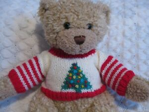 HAND KNITTED TEDDY BEAR JUMPER FITS BUILD A BEAR CHRISTMAS TREE