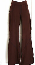 NWT HOTSKINS BODYWEAR  STRETCHY WORKOUT PANTS IN SIZE MEDIUM X-TALL FIT 14/16/18