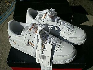 REEBOK WOMENS TRAINERS - RARE CLUB C 85 - LOVELY - UK SIZE 6 - BOXED - NEW