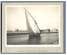 France, Grau du Roi, Barque entrant au Port  Vintage silver print. Tirage arge