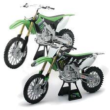 Kawasaki Motorrad- & Quad-Modelle aus Kunststoff