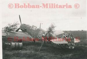 W178 Foto Messerschmitt Me Bf 109 Jagdflugzeug in super camo Kennung 8 airplane