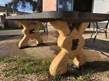 Tavolo da interno / esterno in pietra naturale fatto a mano