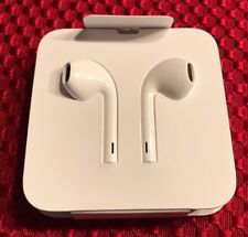 Genuine Apple Earbuds Lightning With Remote And Mic