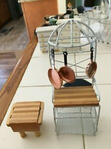 VINTAGE DOLL HOUSE MINATURES BUTCHER BLOCK AND BAKERS RACK