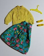 "Barbie Vtg/Mod ""Midi Mood"" # 3407 (70's) Blue Floral Skirt/Yellow Top, Shoes"
