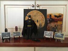 Dc Comics Batman 1989 Film Ultimate Pack w/Batman Begins Figure & Moon Painting