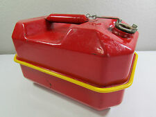 Vtg Blitz USMC 2.5 Gallon/9.5 Liters Red Metal Gas Can DOT-5L 20-2 1/2-85