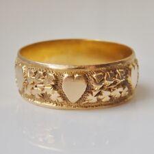 Stunning Antique Edwardian 18ct Gold Heart Motif Engraved Wedding Ring c1907