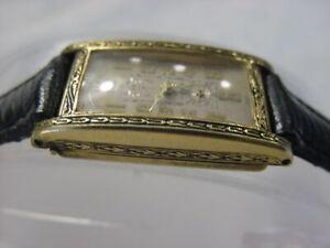 Vintage 14K GOLD FD antique pre 1920 Art Deco Lady KRESCO ENGRAVED CURVEX watch