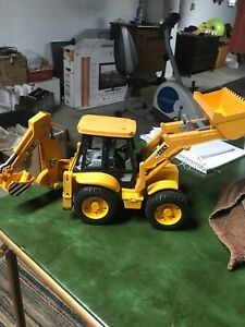 Bruder JCB 4CX Loader Backhoe Yellow Tractor Made in Germany