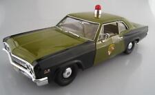 Chevy Biscayne Maryland State Police  Auto World  Maßstab 1:18  OVP  NEU