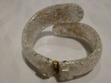 Vintage Confetti Lucite Clamper Hinge Bracelet, White & Yellow Flowers