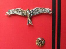 English Pewter RED KITE, bird  Pin Badge Tie Pin / Lapel Badge (XTSBPB45)