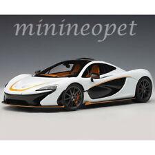 AUTOart 76064 PAGANI P1 1/18 ALASKAN DIAMOND WHITE / BLACK ACCENT