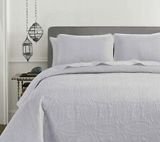 Pinsonic Quilted Austin Oversize Bedspread Coverlet 3-piece Set, White
