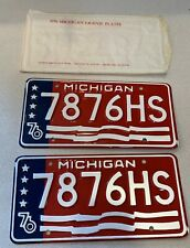 7876HS NOS 1976 Michigan Bicentennial License Plate American Flag Unused