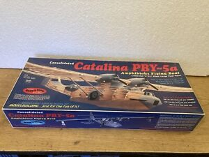 GUILLOWS WWII CATALINA PBY-5a Large BALSA NON FLYING PLANE MODEL KIT-NIB-1/28