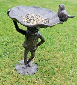 Cast iron Frog Toad standing Bird feeder Freestanding Garden ornament UK seller