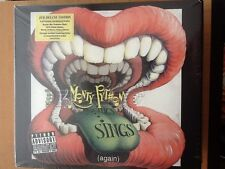 MONTY PYTHON.  Sings again 2014 /  Flying circus  live.  1970.