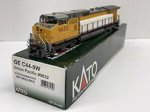 Kato #37-6632-DCC DCC Equipped HO scale Union Pacific GE C44-9W locomotive #9632