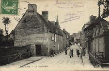 CPA  Mézidon - La Grande-Rue    (516810)