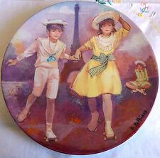 """""""Patinage au Trocadéro"""" 'Les Enfants de la Fin du Siècle' (8.5"""") Skating Plate"""