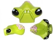LEGO - Minifig, Head Modified Alien with 2 Fangs and Brain Tissue Pattern - Lime