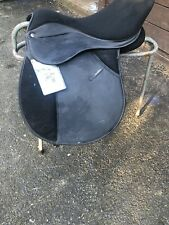 Thorowgood 'Griffin' saddle 17.5 X Wide