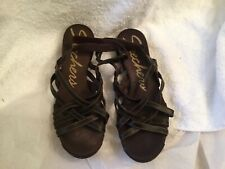 Sketchers Brown Leather Strappy Sandals Accents Sz 9