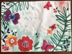 6 Sonoma Outdoors White Floral Butterflies Placemats 14x19 Botanical