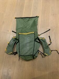 Ultimate Direction Fastpack 40 Trail Running/ Hiking Size S/M