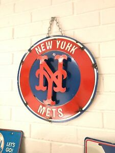 "New York Mets Retro Distressed Metal 14"" Round Logo Sign - Vintage Looking"