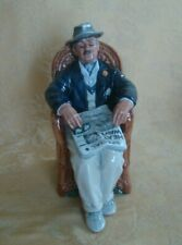 Royal Doulton Figurine: Taking Things Easy Hn# 2677 Mint