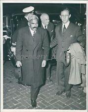 1945 Delegates of India Arrive for UN Conference Original News Service Photo