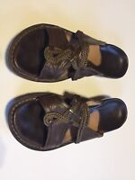 Clarks Artisan Size 6 MED Slip On Brown Leather