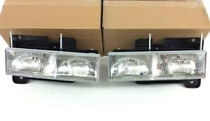 Chevrolet Silverado C/K GMC Sierra front left & right Headlight set of 2 OEM