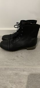 Brand NEW ROC Ladies Black Lace up Boots Size 6
