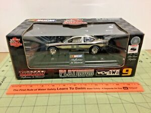 """Racing Champions 1:24 """"Reflections In Platinum"""" #9 WCW Race Car"""